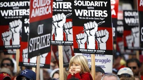 Guionistas y productores de EEUU alcanzan acuerdo tentativo