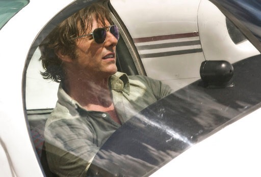 "Reseña: Tom Cruise logra convencer en ""American Made"""
