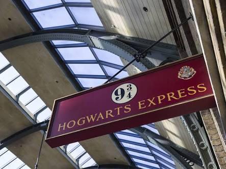 El Expreso de Hogwarts rescata a una familia en Escocia