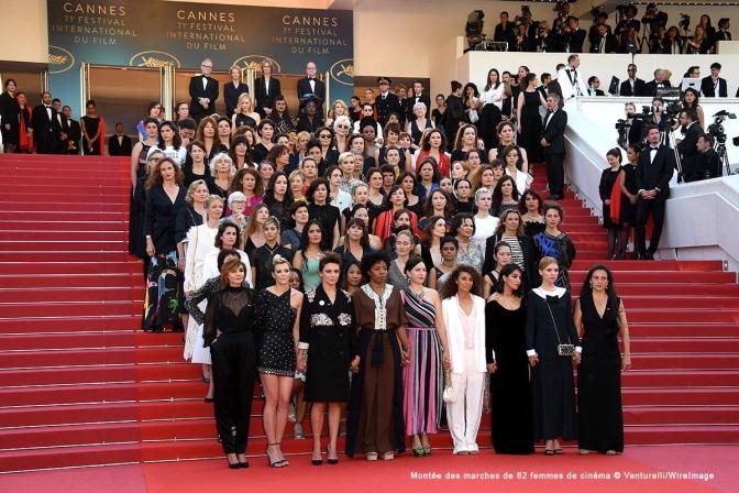 Histórica protesta de estrellas femeninas en la alfombra roja de Cannes