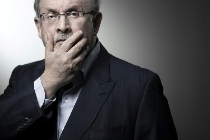 """""""Vivimos una época en que la verdad es más extraña que la ficción"""": Salman Rushdie"""